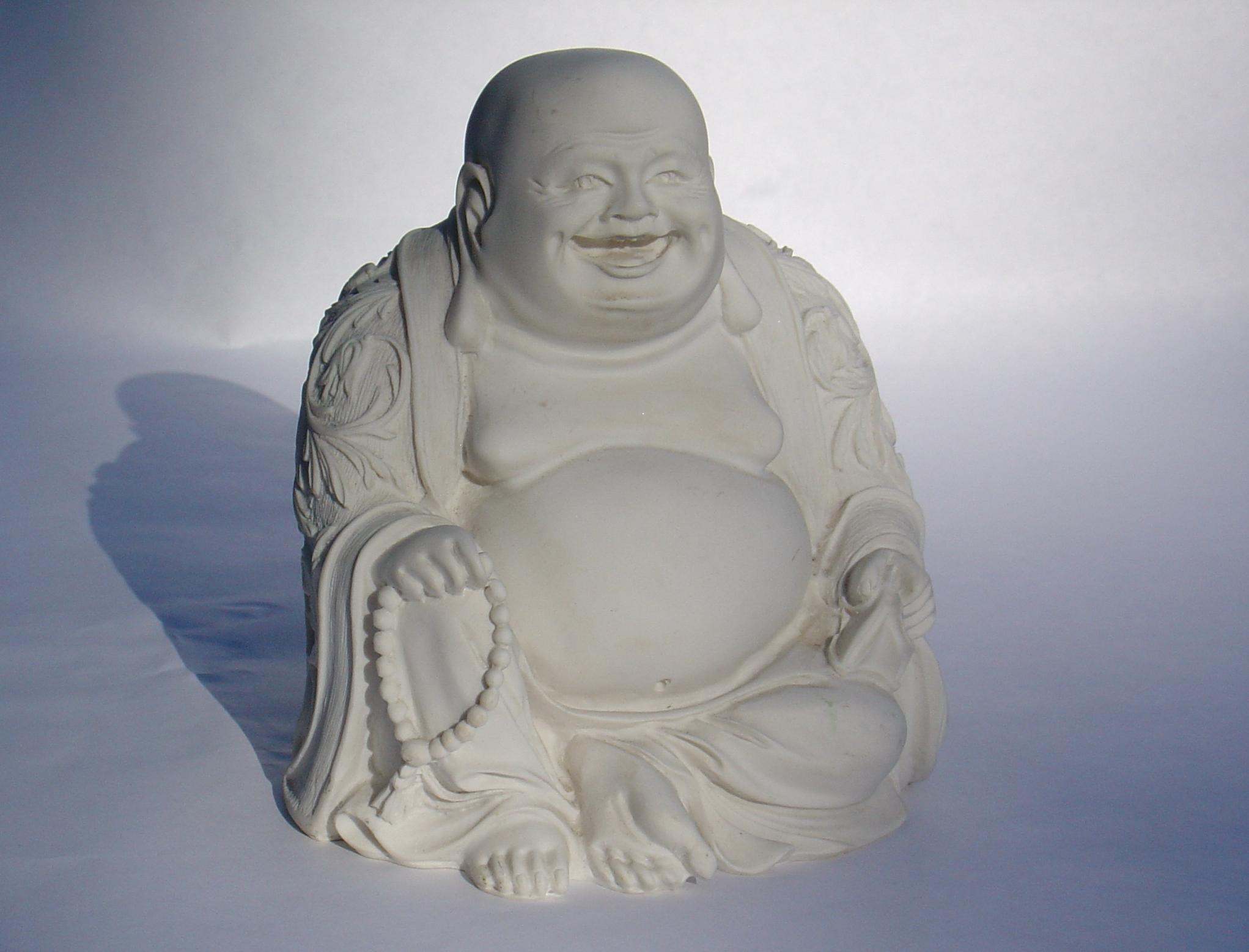 Foto von einem lachenden Buddha